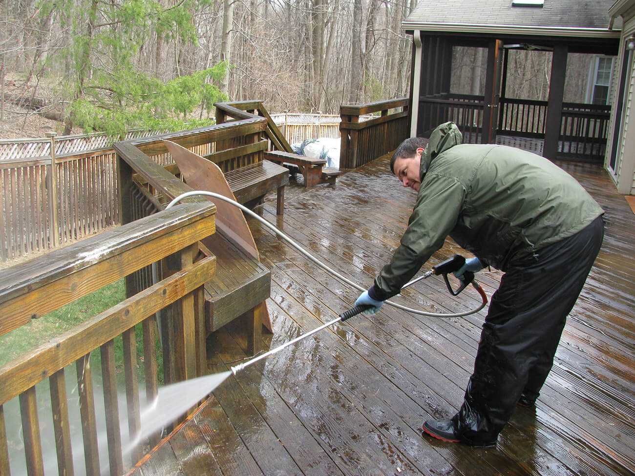 deck cleaning frederick md vs power washing reston va
